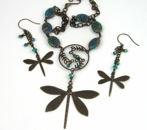 Picture of dragonfly necklace and earring set