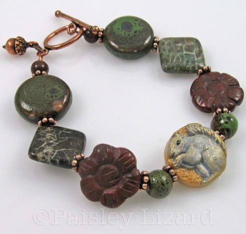 Picture of squirrel beaded bracelet