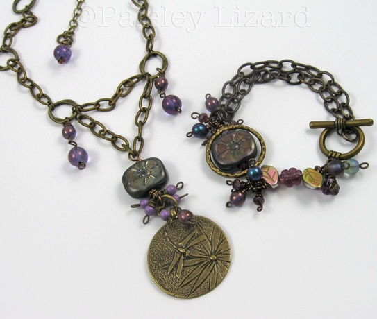 Picture of bracelet and necklace