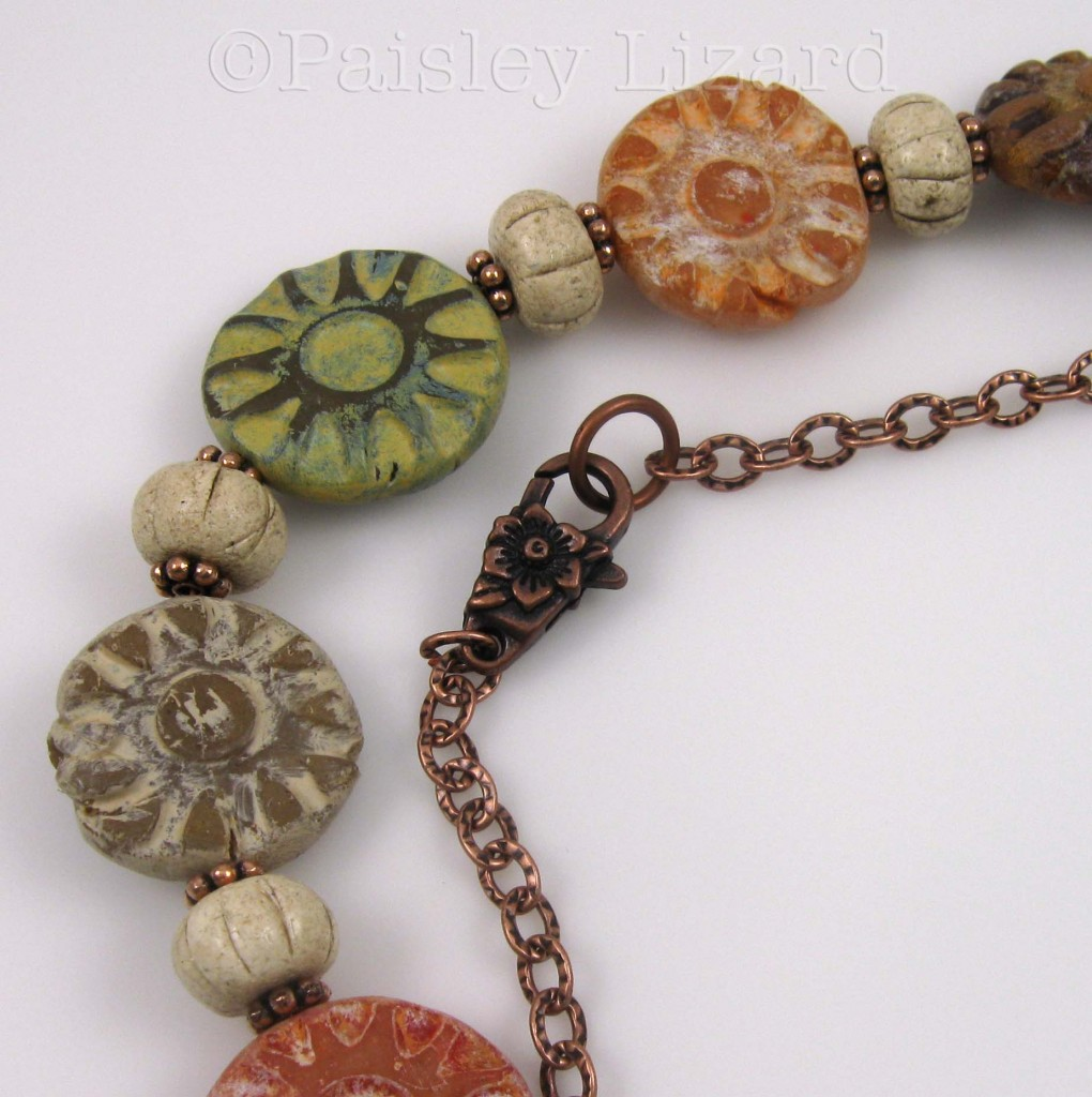Rustic Fall Flowers clasp detail
