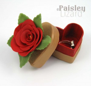 Red Rose Keepsake Heart Box